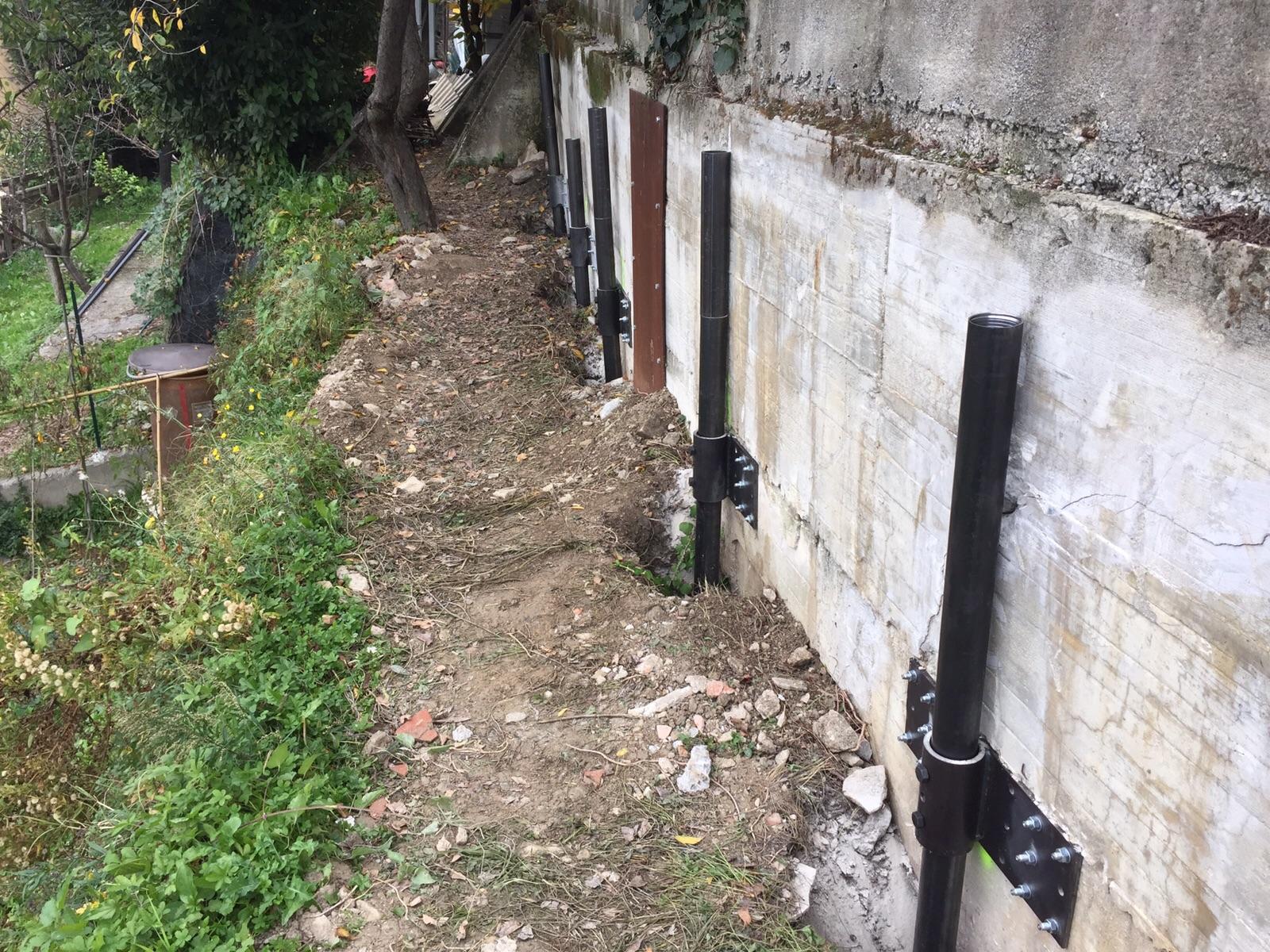 micropali in acciaio per consolidamento muro in cemento armato