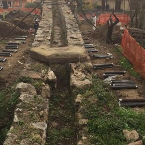 Micropali per consolidare fondamenta acquedotto
