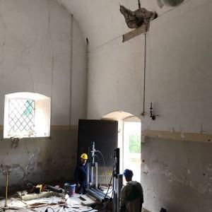 Consolidamento chiesetta micropali pressoinfissi