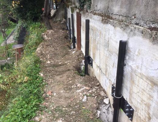micropali-in-acciaio-per-consolidamento-muro-in-cemento-armato