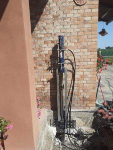 Consolidare fondamenta con martinetti idraulici